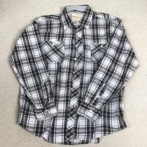 Lightweight men's long sleeve shirt